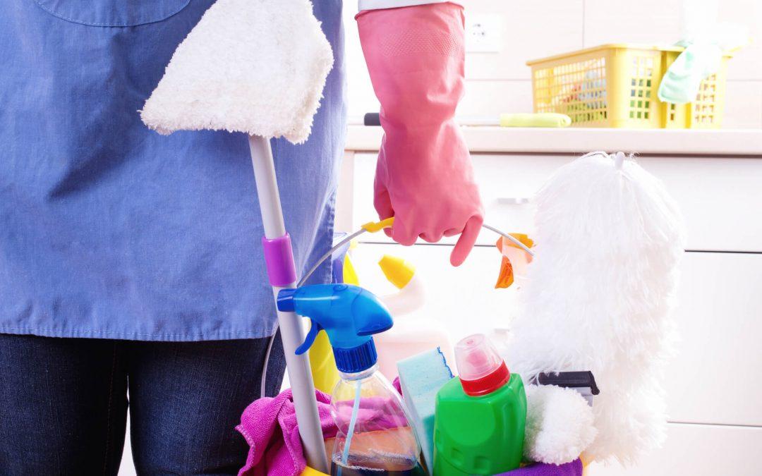 6 cuidados necessários com produtos químicos de limpeza